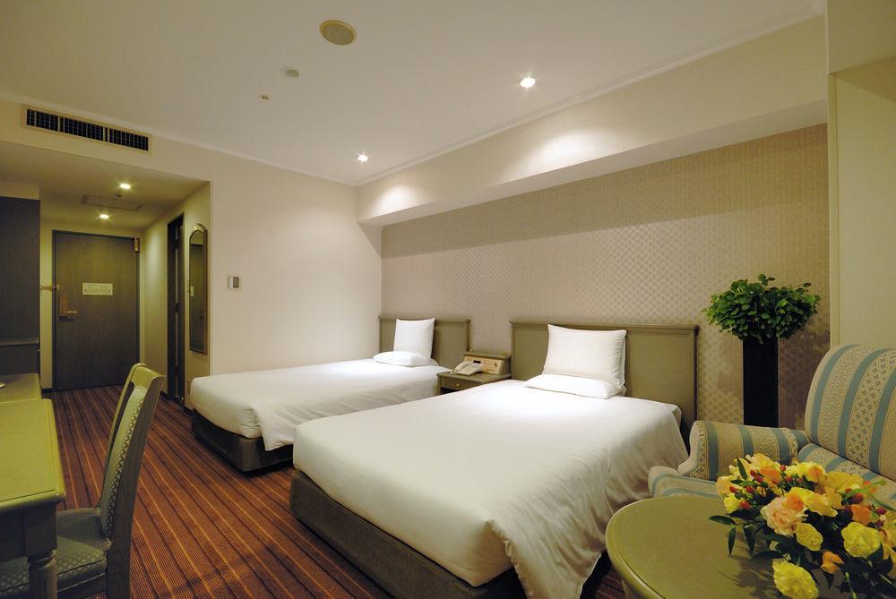 International Garden Hotel