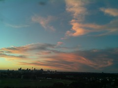 Sydney 2016 May 01 17:23 (ccrc_weather) Tags: sky evening outdoor sydney may australia automatic kensington unsw weatherstation 2016 aws ccrcweather