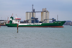 Green Maveric departs Southampton (New Forest Man) Tags: green hampshire hythe southamptonwater southamptondocks maveric
