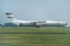 C-141B (Rob Schleiffert) Tags: mac lockheed usaf c141 mildenhall starlifter 650246
