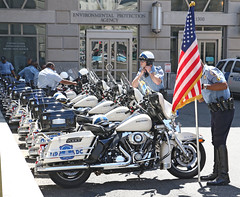 MPD, Apr' 16 -- 408 (Bullneck) Tags: washingtondc spring uniform cops boots police harley toughguy motorcycle americana heroes macho mpd breeches mpdc motorcyclecops motorcyclepolice motorcops biglug dcpolice metropolitanpolicedepartment emancipationday bullgoons federalcity