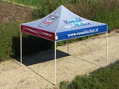 Quick Folding Tent - Retail tent (1)