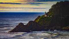Sunset at the Heceta Head Light (Don Sullivan) Tags: sunset lighthouse oregon waves pacific coastline hecetahead hecetaheadlighthouse hecetaheadlight nikond810