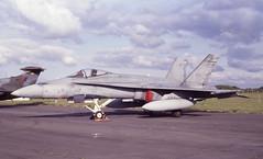 188733. Canadian Armed Forces McDonnell-Douglas CF-188A Hornet (isdc1316) Tags: june aviation military airshow scanned 1989 caf prestwick pik canadianarmedforces fa18 egpk mcdonnelldouglascf188ahornet 188733 ayronautica