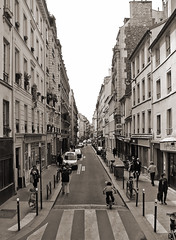 Paris (Maxofmars) Tags: life street city people paris france calle frankreich europa europe strada strasse ciudad stadt frankrijk rue francia carrer parijs parisian citta parigi straat parisien