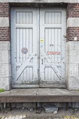 Deur_011 (R. Engelsman) Tags: door architecture rotterdam supermarket santos jumbo supermarkt deur pakhuis magazijn katendrecht rijksmonument