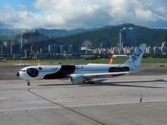 All Nippon Airways B767-300ER JA606A (LIN YEN WEI) Tags: ana panda boeing tpe b767 allnipponairways 767300er rcss ja606a