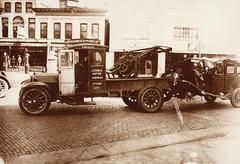 Loomis Motor Company Wrecker