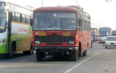 MSRTC Tasgaon Depot bus spotted at Wakad (gouravshinde94) Tags: bus tata msrtc parivartan tasgaon