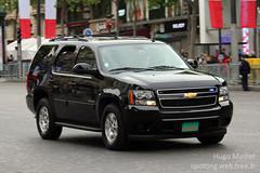 Escorte John Kerry   Chevrolet Tahoe (spottingweb) Tags: usa paris chevrolet car america 4x4 tahoe police american johnkerry suv secrtaire champselyses escort amrique etatsunis priorit scurit escorte ambassadeur gyrophare protectionurgence