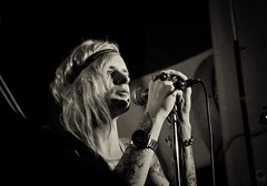 Dust Bowl Jokies - Alexx (henkeivansson) Tags: music rock tattoo lulu bowl singer dust performer misician jokies