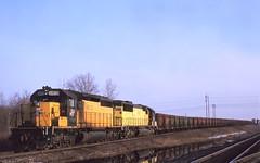 Not half bad (ac1756) Tags: michigan 1995 northwestern oredock emd sd402 escanaba cnw 6810 dumperjob