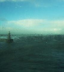 Great Brittain  2003 (Steenvoorde Leen - 16.4 ml views) Tags: 2003 storm weather ferry newcastle doorn stormy weihnachtszeit gb buoy dfds portpier utrechtseheuvelrug greatbrittain kersttijd windkracht10 habourlight havenpier newcastle2003 3dagennewcastle quiduport