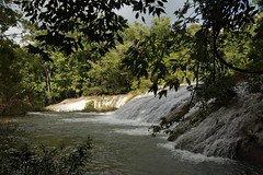 Las Cascadas (elhawk) Tags: mexico falls waterfalls chiapas cascadas robertobarrios