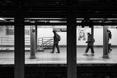 59th Street (Meine Sicht) Tags: city nyc winter bw usa newyork zeiss 35mm subway manhattan ubahn sw monochrom schwarzweiss distagon 59thstreet 2015 bergischgladbach fotokunst rauen leicam wwwrauenfotode zeissdistagont1435zm distagon3514zm