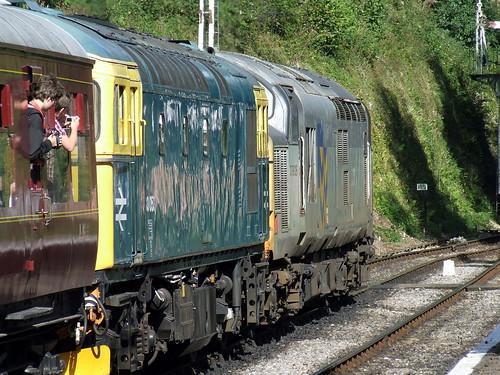 Crompton: 33 053 + Class 37: 37 905