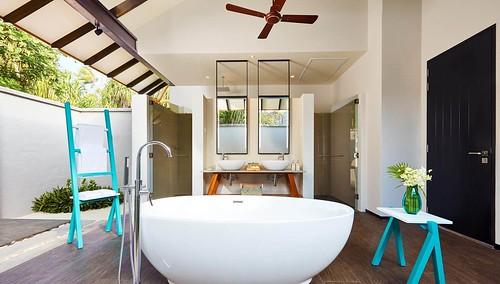Beach Villa - Bathroom
