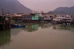 île de Lantau - village de Tai 0 - 10 (luco*) Tags: china sea mer island boat village o maisons hong kong tai bateau reflets chine lantau île pilotis