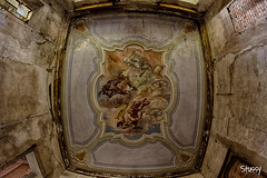 CDL-18 (StussyExplores) Tags: italy abandoned decay grand explore staircase derelict castello fresco castel ceilings urbex