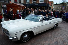 Marriage (Michiel2005) Tags: auto holland chevrolet car leiden nederland marriage impala nederlands haarlemmerstraat huwelijk trouwen