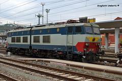 E 656 607 (Umberto Scagliotti) Tags: old liguria fotografia stazione treno fs trenitalia ferrovia savona e656 caimano nikond3100 umbertoscagliotti