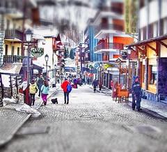 Per le vie di Cervinia (franco.56) Tags: life street photoshop image persons hdr franco cervinia reportage