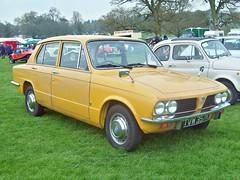 442 Triumph 1500 (1972) (robertknight16) Tags: triumph british 1970s std 1500 weston tvw357l