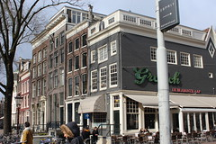 Coffee house 'De Brabantse Aap' (Davydutchy) Tags: holland netherlands amsterdam canal capital hauptstadt nederland paysbas niederlande gracht hoofdstad