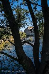 Galachos de Juslibol (Jose Antonio Abad) Tags: espaa naturaleza nature water ro river spain agua paisaje zaragoza ebro lanscape ribera juslibol aragn pblica galachosdejuslibol josantonioabad