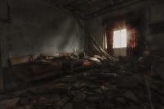 Once upon a time in Umbab -  Qatar (zai Qtr) Tags: house abandoned broken historic tokina hdr aamir qatar dukhan umbab exploreqatar d5100 nikond5100 zaiqtr