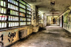(Ana Turturro) Tags: abandoned hospital insane crazy state decay urbanexploration kingspark asylum ue urbex kingsparkpsychiatriccenter kppc