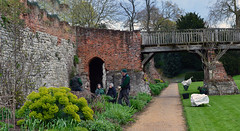 eltham palace gardens (stusmith_uk) Tags: london gardens landscape gardeners april elthampalace eltham 2016 englishheritage capitalring