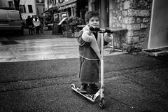 The Star (Jürg) Tags: street france kid child coat micro kickboard trotinette vence trottinett