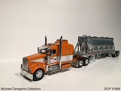 Diecast replica of Tri-State Commodities Kenworth W900L Show Truck, DCP 31688 (Michael Cereghino (Avsfan118)) Tags: truck toy model die state semi replica cast tri promotions tsc kenworth diecast dcp tristate commodities w900 w900l
