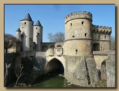 Porte des Allemands (Metz - Lorraine - France) (p_jp55 (Jean-Paul)) Tags: france frankreich lorraine metz 1230 saarlorlux portedesallemands lothringen deutschestor