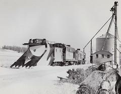 Hungry for snow. (gregcochenet) Tags: railroad snow greg trains waukesha wi snowplow fairbanksmorse cwrc h1244 h1044 cochenet williamssiding centralwisconsinrailroadcompany