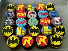 Batman cupcakes by Christine, Linn County, IA, www.birthdaycakes4free.com
