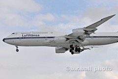 BRB_8787ces c (b.r.ball) Tags: aviation boeing lufthansa yyz torontopearsoninternationalairport 7478 torontopearson dabyt lh470 runway05 brball 747830