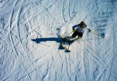 Tight turns (Snorre t.) Tags: people ski edvard tryvann slalm wyllerlypa edvardskeitnset