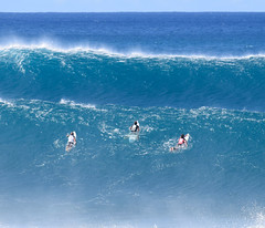 #volcompipepro #pipeline #hawaii (Run amuck) Tags: hawaii pipeline volcompipepro