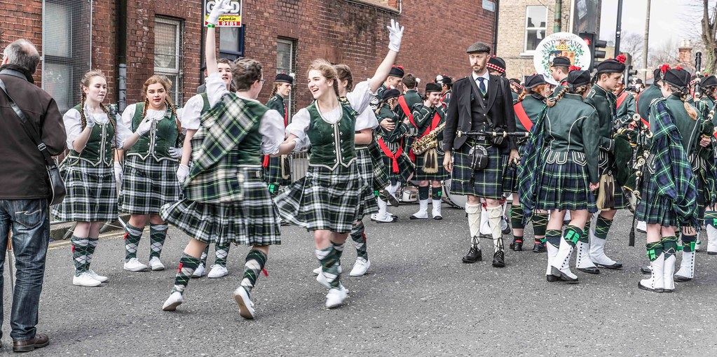 SHORECREST HIGH SCHOOL [ST. PATRICK'S PARADE IN DUBLIN 2016]-112248