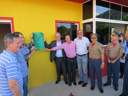 Deputado participa da inauguração de escola, quartel dos bombeiros e central de videomonitoramento em Rio dos Cedros