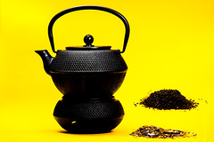 Tea! (Angelbattle bros) Tags: light black color beautiful leaves yellow warm tea ceremony indoor pot rite tealeaves solemny
