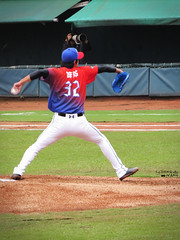 IMG_3732_副本 (vivian_10202) Tags: baseball taoyuan cpbl lamigo 王溢正