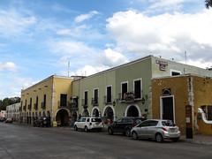 "Valladolid: el zocaló <a style=""margin-left:10px; font-size:0.8em;"" href=""http://www.flickr.com/photos/127723101@N04/25657778600/"" target=""_blank"">@flickr</a>"