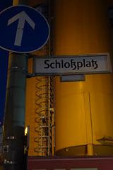 Der Schloplatz (Pascal Volk) Tags: berlin sign night nacht streetsign schild bluehour berlinmitte blauestunde schlosplatz strasenschild sonydscrx100