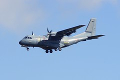 Arme de l'air CN-235 on Finals (gooey_lewy) Tags: france station cn plane french casa suffolk fighter force aircraft air united wing royal aeroplane landing finals states sa airforce usaf base 48 44 raf aero 156 44th 235 48th construcciones lakenheath armie dair cn235 aeronuticas casaiptn