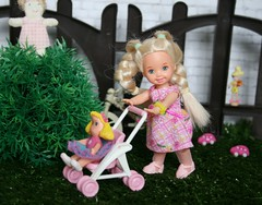 IMG_5494 (irinakopilova) Tags: baby doll little sister small barbie shelly kelly