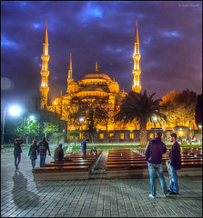(2272) Istanbul (Turkey) (QuimG) Tags: people architecture night turkey golden arquitectura gente olympus istanbul nocturna gent specialtouch quimg quimgranell joaquimgranell afcastell obresdart