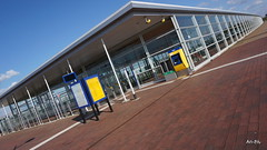 Barendrecht Train Station Terminal (Ari-San NL) Tags: station vanishingpoint perspective leadinglines barendrecht